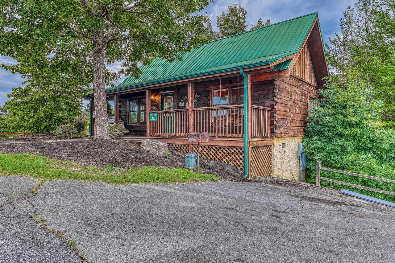 Arrowhead Log Cabin Resort